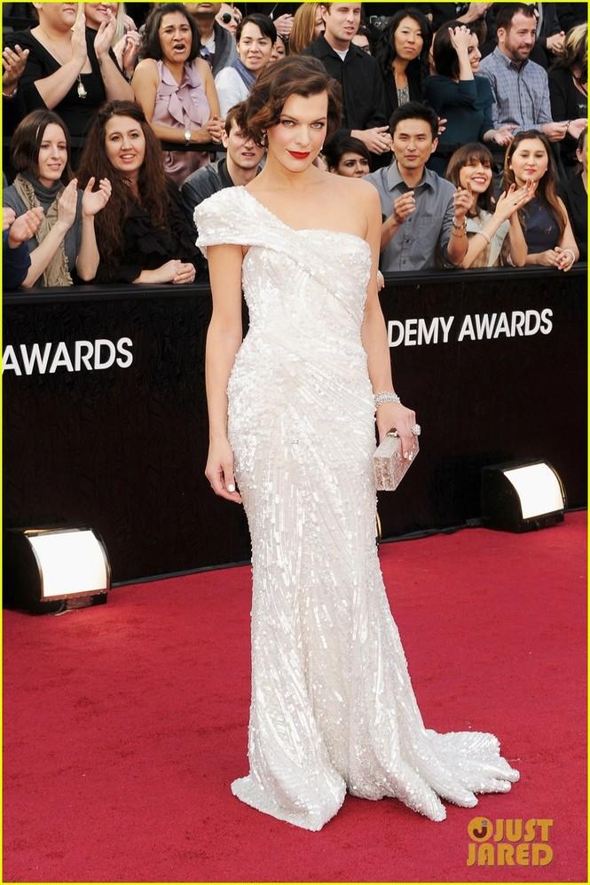 Người mẫu kiêm diễn viên Milla Jovovich