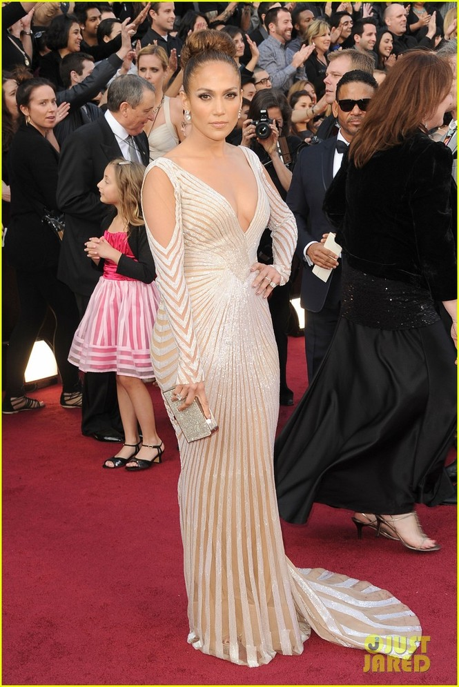 Cô đào bốc lửa Jennifer Lopez