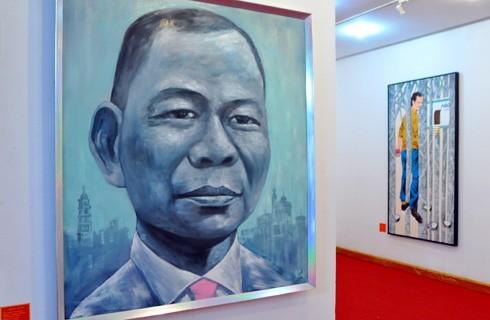 Bức vẽ chân dung tỷ phú Phạm Nhật Vượng trong một triển lãm ảnh chân dung các đại gia Việt