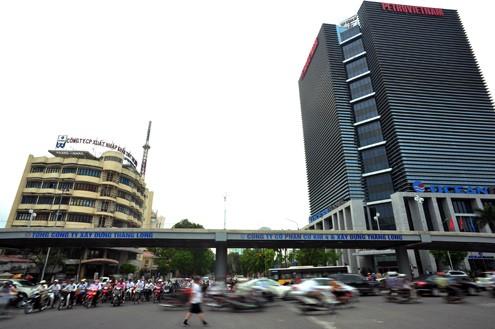 'Mục sở thị' cầu vượt lắp ghép đầu tiên ở thủ đô - ảnh 1