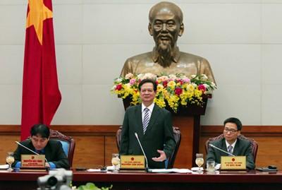 Thủ tướng Nguyễn Tấn Dũng nhấn mạnh công tác tuyên truyền để thanh niên nhận rõ trách nhiệm đối với đất nước. Ảnh: VGP/Nhật Bắc