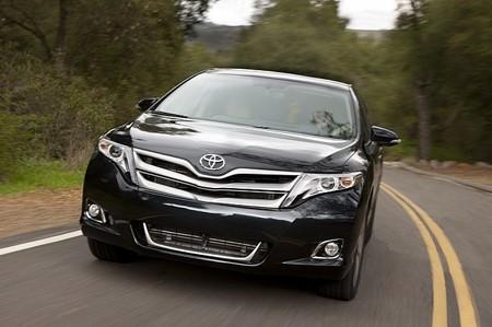 Toyota Venza đời mới tăng giá nhẹ - ảnh 3