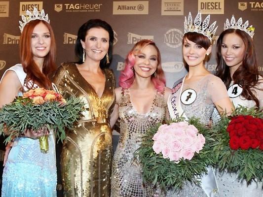 Hoa hậu Séc 2013: Cô gái gốc Việt giành giải Á hậu 2 - ảnh 4