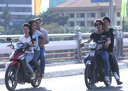 Vô tư dạo phố Đà Nẵng