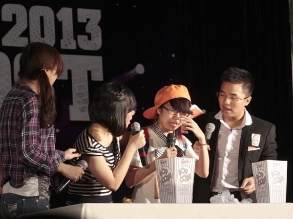 Nữ sinh Ngoại thương đạt giải MC vàng tiếng Anh 2013 - ảnh 7