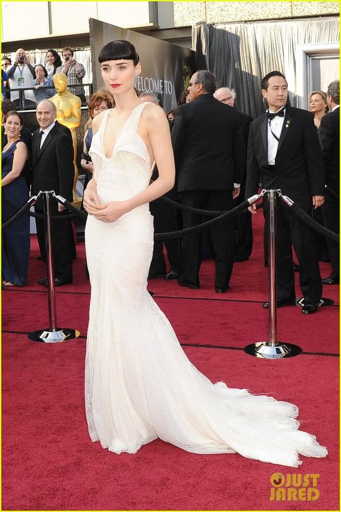 Diễn viên Rooney Mara - đề cử nữ chính với vai diễn trong phim The Girl with the Dragon Tattoo