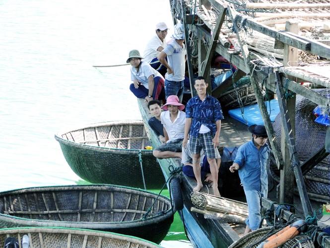 Ngư dân Trường Sa vẫn quả cảm giữa biển khơi