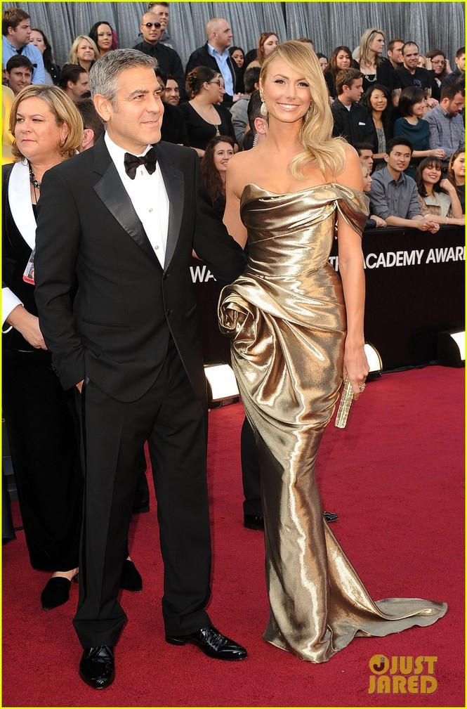 Clooney được đề cử Nam chính xuất sắc nhất với vai diễn trong phim The Descendants