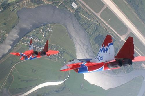 Đội hình máy bay 'khủng' hộ tống Tổng thống Nga - ảnh 10