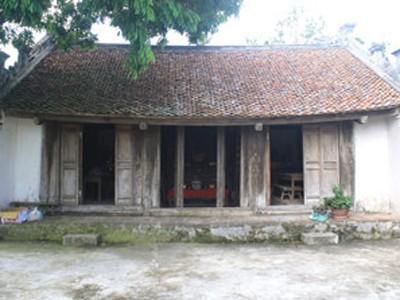 """Miếu thờ """"Quốc Mẫu Thiềm Nương Hoàng Thái Hậu"""" ở thôn Thọ Lộc. Ảnh: Đặng Hùng"""