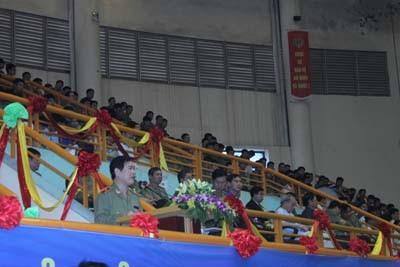 Đồng chí thiếu tướng Nguyễn Xuân Mười, Trưởng ban chỉ đạo cuộc thi phát biểu khai mạc Hội thi