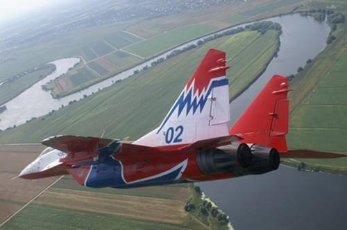 Đội hình máy bay 'khủng' hộ tống Tổng thống Nga - ảnh 3