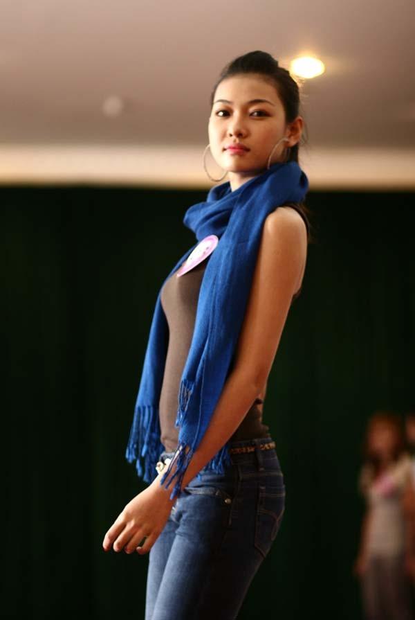 Ngắm lớp học diễn catwalk của Miss Teen ở Tuần Châu - ảnh 12