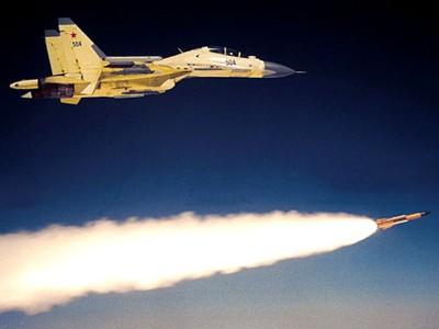 Tiêm kích Su-30 Không quân Nga phóng tên lửa Kh-31P