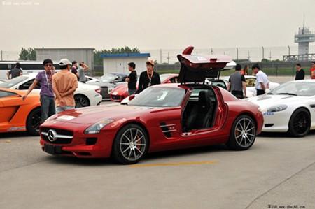 Dân chơi Trung Quốc và 'cuộc đua siêu xe' - ảnh 9