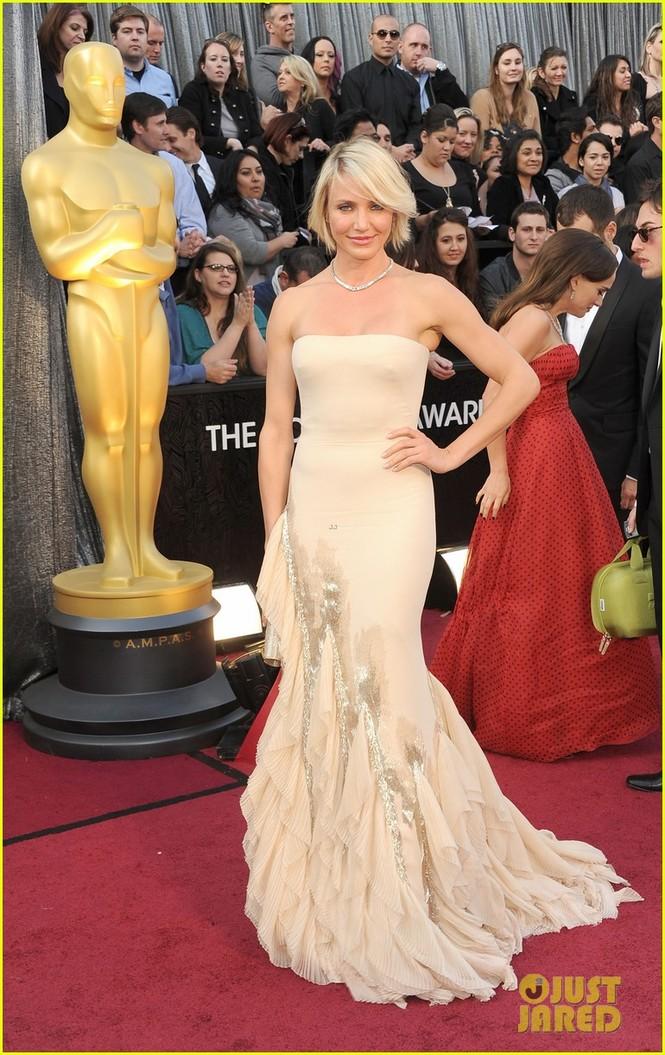 Dàn sao 'bự' đổ bộ thảm đỏ Oscar 2012 - ảnh 7