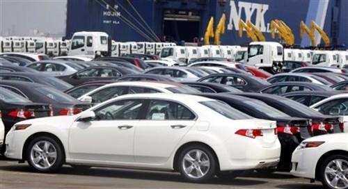 Những chiếc Honda Accord chờ xuất khẩu tại cảng Yokohama, gần Tokyo, Nhật Bản