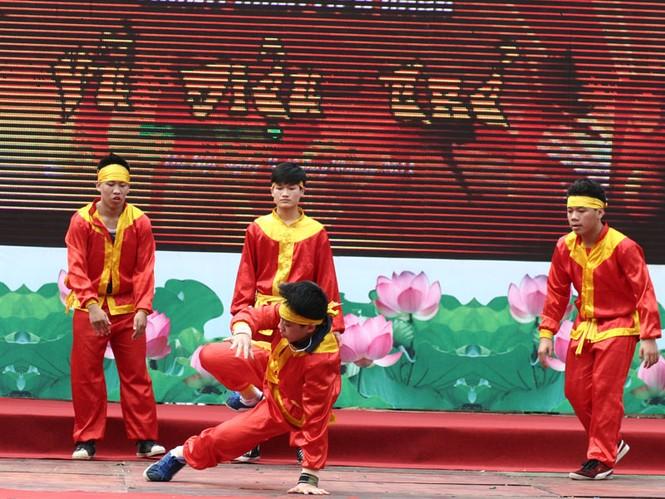 Đội PTTH Nguyễn Bỉnh Khiêm mang đến sự kết hợp đặc sắc