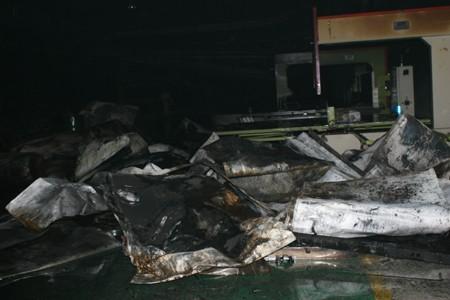 Cháy lớn tại khu công nghiệp Quang Minh - ảnh 4