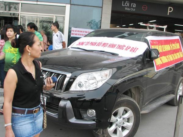 Vừa vào ở, cư dân toà nhà Keangnam liên tiếp kiện chủ đầu tư về phí gửi xe, dịch vụ