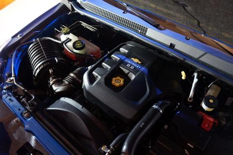 Cận cảnh Chevrolet Colorado LTZ - ảnh 21