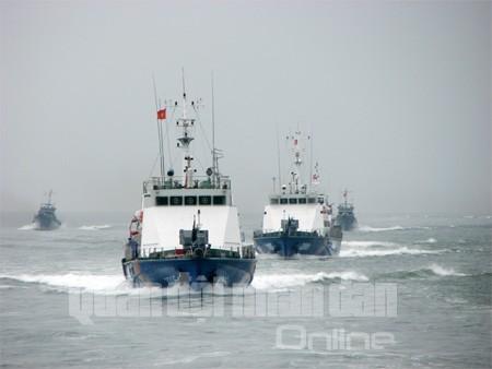Tàu Vùng CSB 1 tuần tra, kiểm soát trên biển Vịnh Bắc Bộ