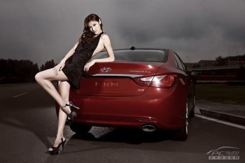 Mỹ nhân khoe sắc bên Hyundai Sonata - ảnh 4