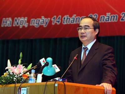 Phó thủ tướng Nguyễn Thiện Nhân phát biểu tại hội nghị - Ảnh: Ngọc Thắng (Thanh Niên)