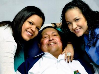 Hình ảnh mới nhất của ông Chavez khi đang được điều trị tại Cuba