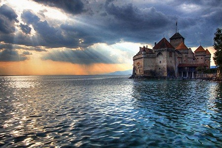 Những tòa địa ốc hút khách bậc nhất thế giới - ảnh 6