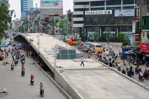 'Mục sở thị' cầu vượt lắp ghép đầu tiên ở thủ đô - ảnh 8