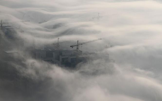 Thành phố Dubai chìm đắm trong sương mù - ảnh 7