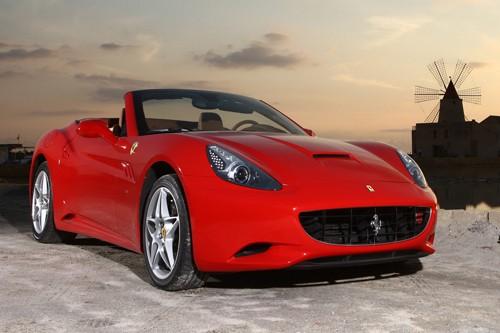 Ferrari tăng sức mạnh cho California đời 2012 - ảnh 2