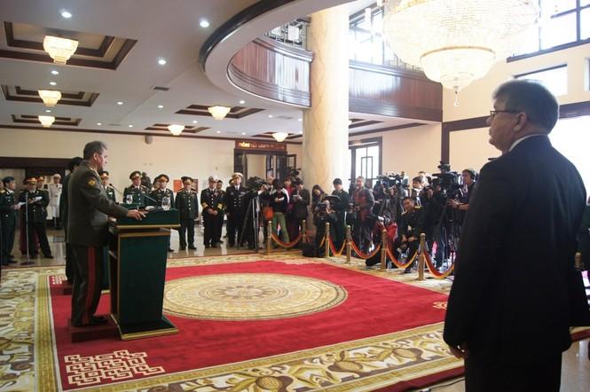 Rất đông phóng viên các hãng thông tấn trong và ngoài nước quan tâm theo dõi buổi họp báo