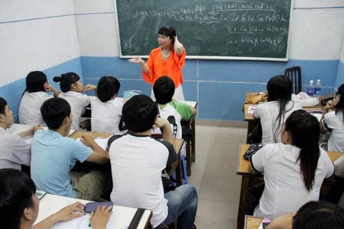 Lớp có khoảng 30 học viên theo học mỗi ca