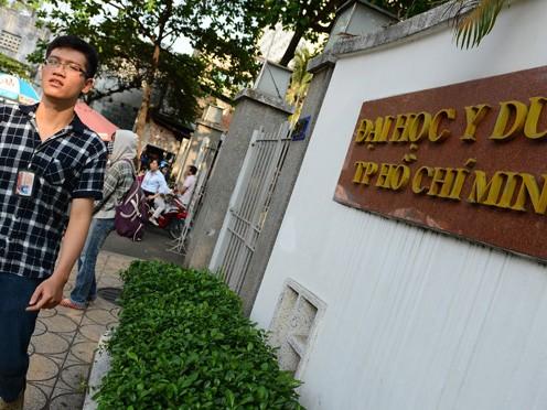 Đại học Y dược TP.HCM có bảy chuyên ngành bị thu hồi quyết định đào tạo tiến sĩ -