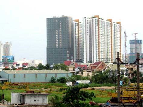 Thành phố Đông gồm quận 2, 9 và Thủ Đức với trung tâm là Khu đô thị Thủ Thiêm, có định hướng phát triển các ngành dịch vụ cao cấp và công nghiệp kỹ thuật cao. Ảnh: H.C