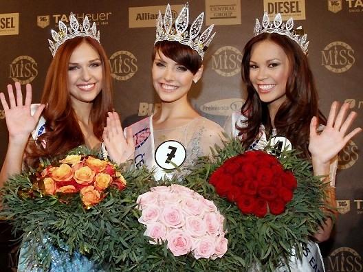 Hoa hậu Séc 2013: Cô gái gốc Việt giành giải Á hậu 2 - ảnh 2