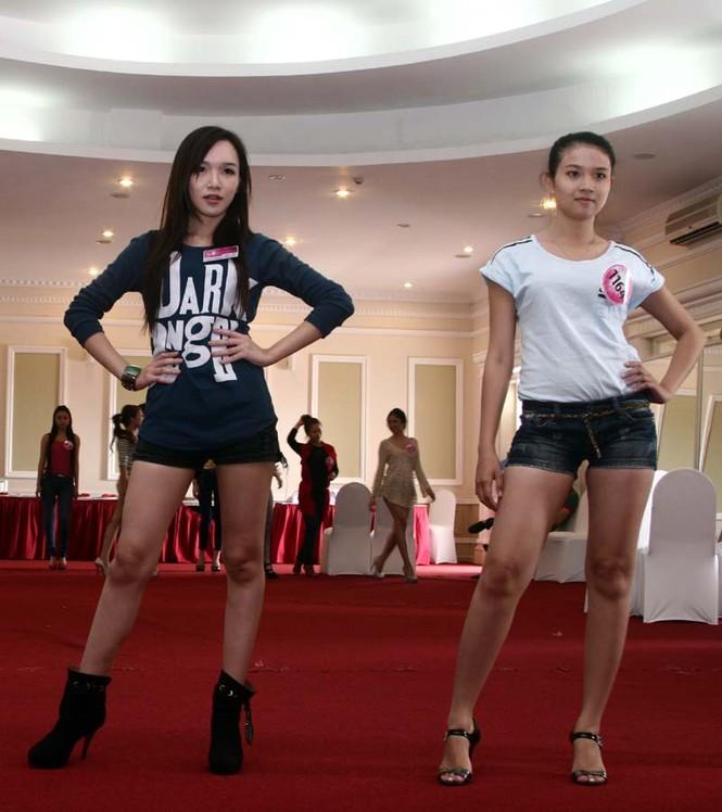 Ngắm lớp học diễn catwalk của Miss Teen ở Tuần Châu - ảnh 8