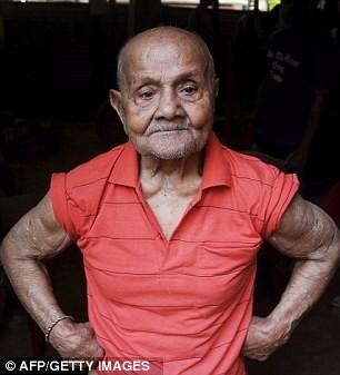 100 tuổi cơ bắp vẫn cuồn cuộn - ảnh 2