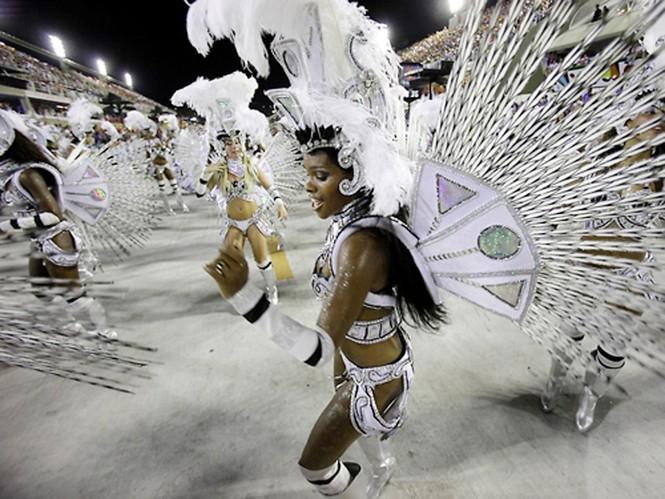 Tưng bừng lễ hội Carnival lớn nhất hành tinh - ảnh 15