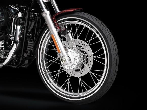 Cận cảnh Harley-Davidson XL883L Seventy-Two - ảnh 13