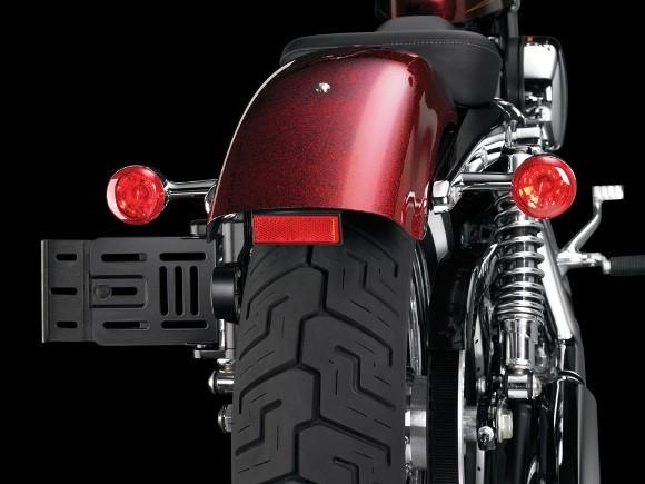 Cận cảnh Harley-Davidson XL883L Seventy-Two - ảnh 11