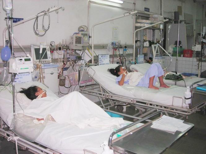 Trẻ em nhập viện vì bệnh viêm mô cầu Ảnh: L.N