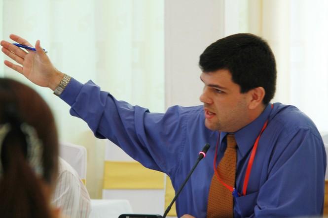Ông Jairo Acuna Alfaro - Cố vấn chính sách về cải cách hành chính và chống tham nhũng - UNDP Việt Nam. Ảnh: Trường Phong