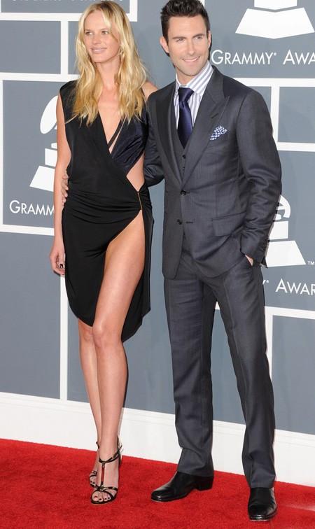 Những chiếc váy hàng hiệu tại lễ trao giải Grammy - ảnh 11
