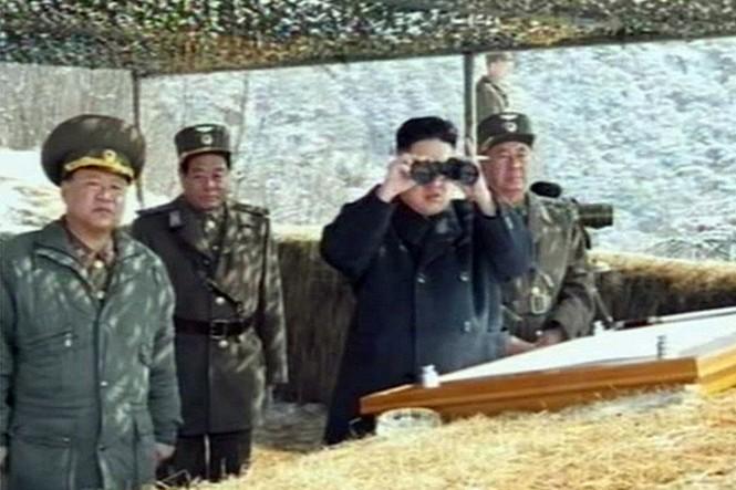 Nhà lãnh đạo Kim Jong Un giám sát đợt tập trận này