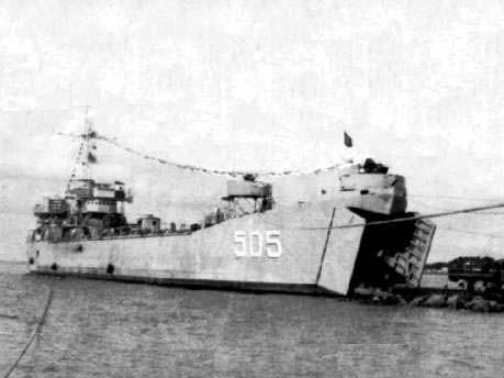 Tàu HQ505 đã lao lên bãi ngầm ở đảo Cô Lin cắm cờ khẳng định chủ quyền Tổ quốc vào ngày 14.3.1988