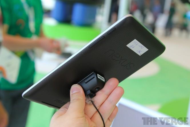 Cận cảnh máy tính bảng Google Nexus 7 giá rẻ - ảnh 8