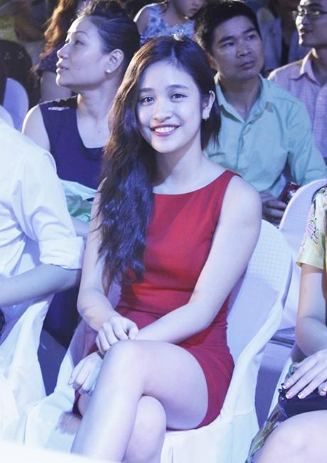 Miss Teen Hồng Anh cũng góp mặt.